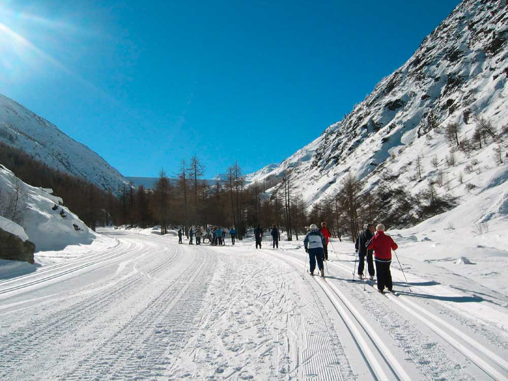 Cross-country skiing Saastal